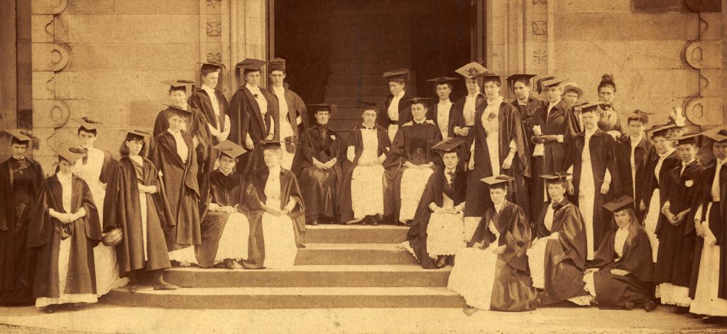 Women students, St Andrews.