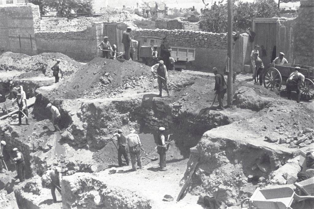 Excavations at Istanbul.