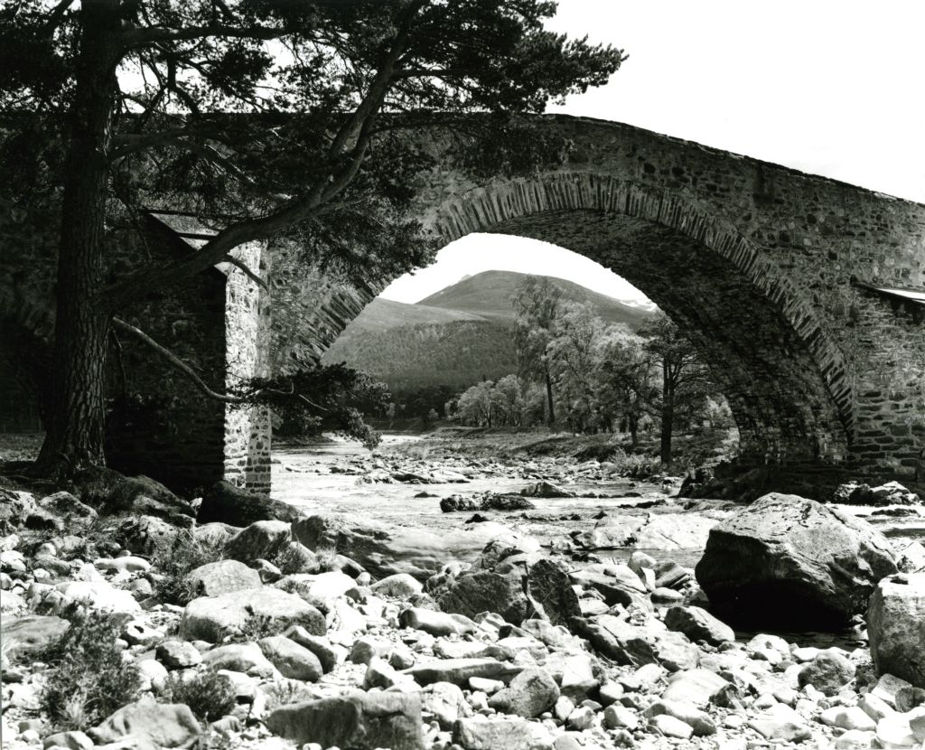 Bridge over Dee, Braemar.