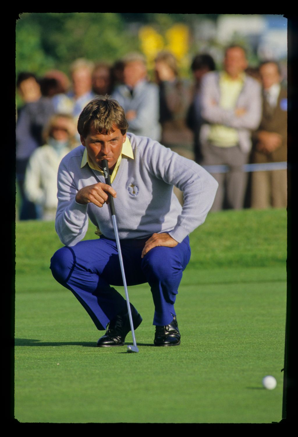 American Lanny Wadkins studies the line of his putt at the 1985 Ryder Cup