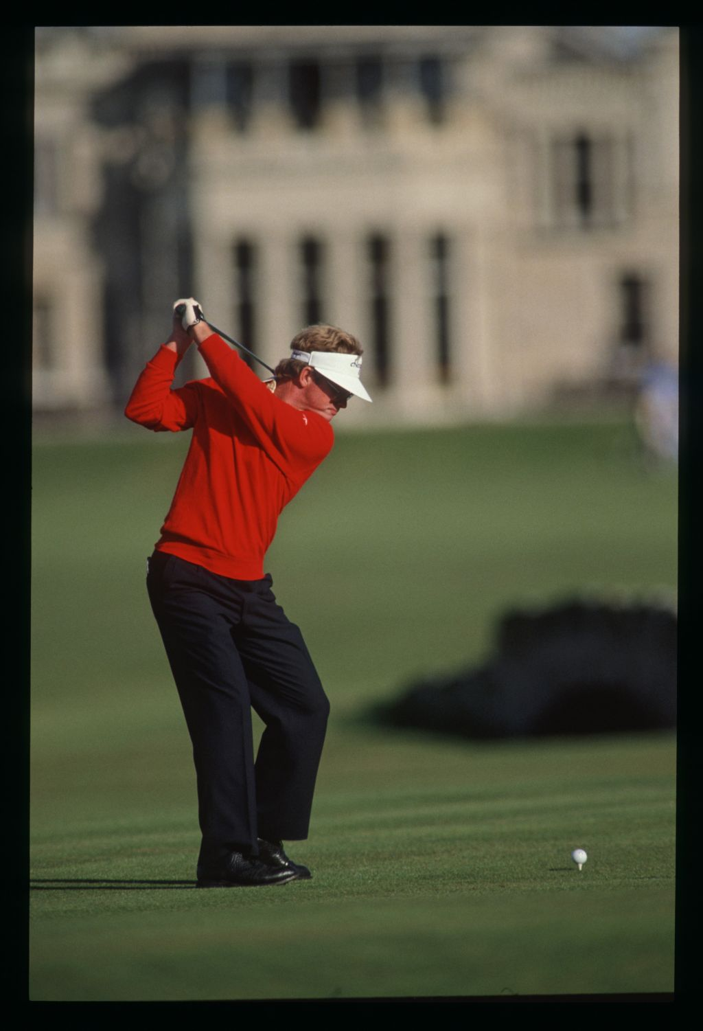 American Tom Kite on the tee at the 1989 Dunhill Cup at St Andrews