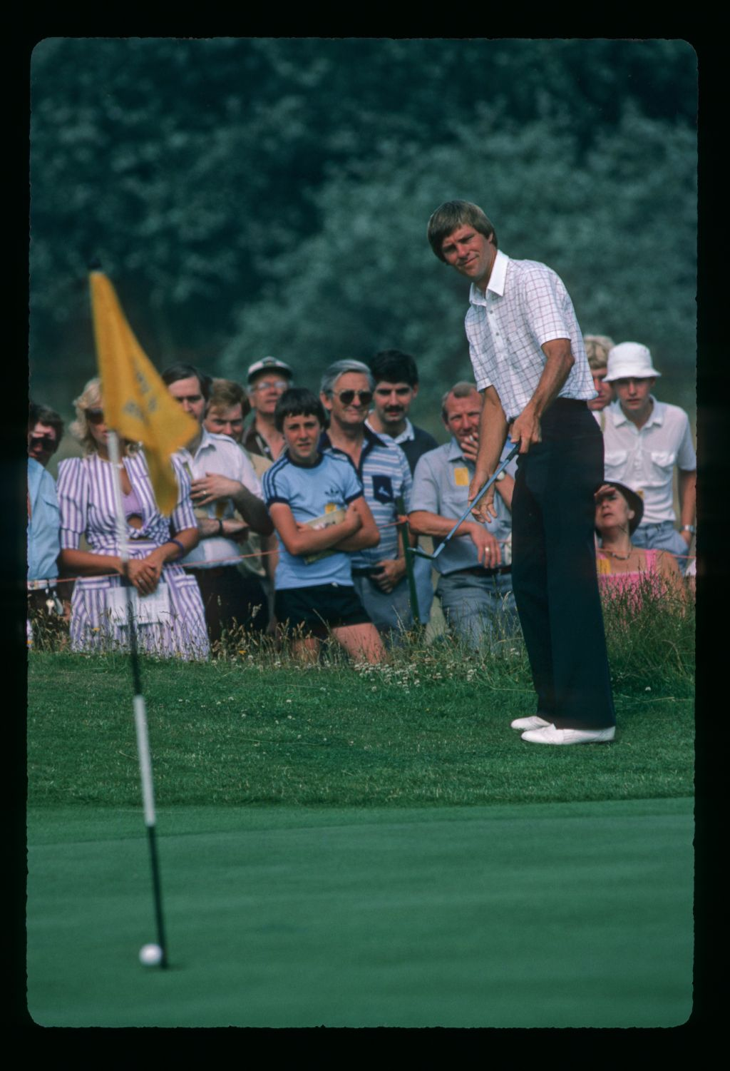Bill Rogers chipping from the greenside semi during the 1983 Open Championship