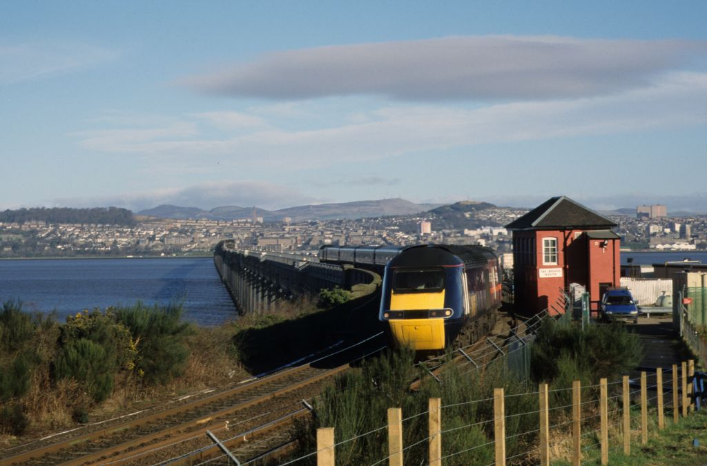 A train crosses the Tay [Railway] Bridge, Wormit.