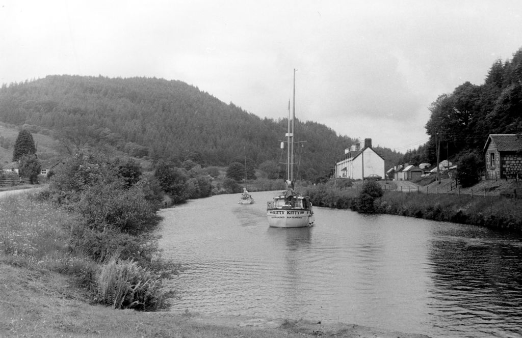 Summit level of Crinan Canal.