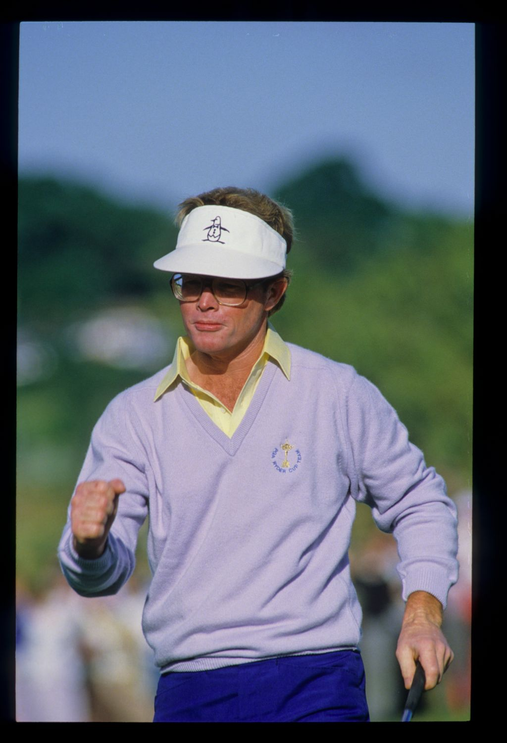 Tom Kite giving a celebratory fist pump at the 1985 Ryder Cup