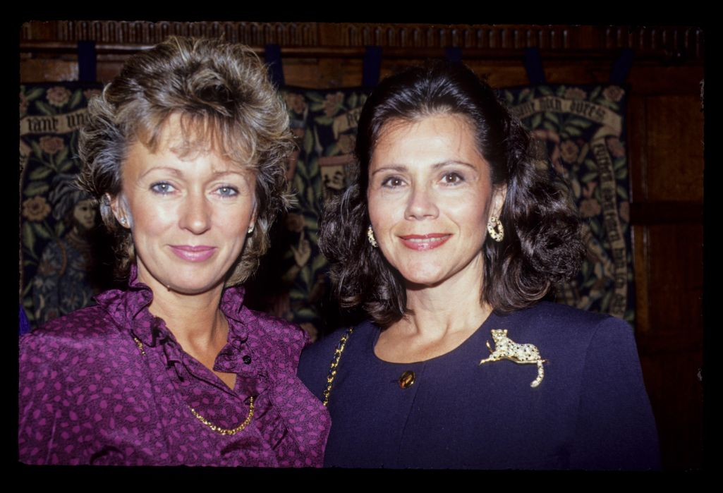 Captains' wives, Astrid Jacklin and Maria Floyd socialising at the 1989 Ryder Cup