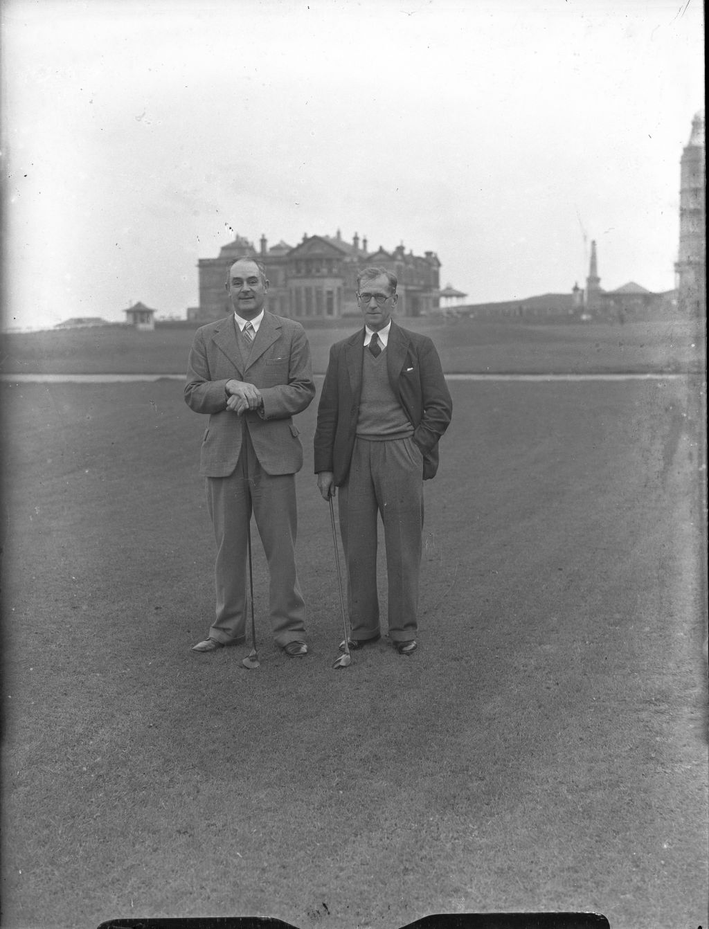 Andrew Dowie and Mitchell on the Old Course, St Andrews.