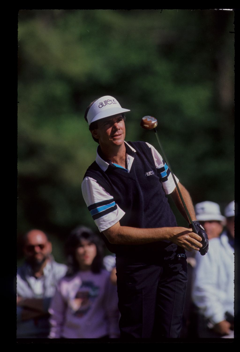 Larry Mize looking anxious on the tee during the 1990 Masters
