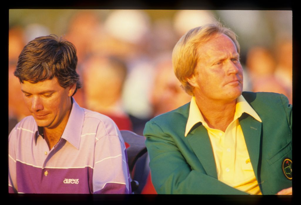 Larry Mize and defending champion Jack Nicklaus during the 1987 Masters presentation ceremony