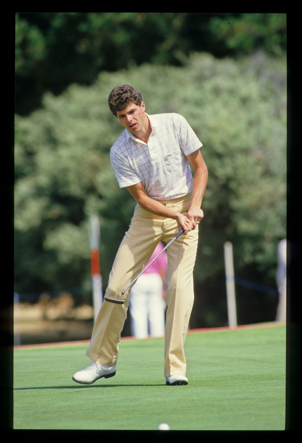 Philip Parkin reacting to a putt during the 1986 Australian Masters