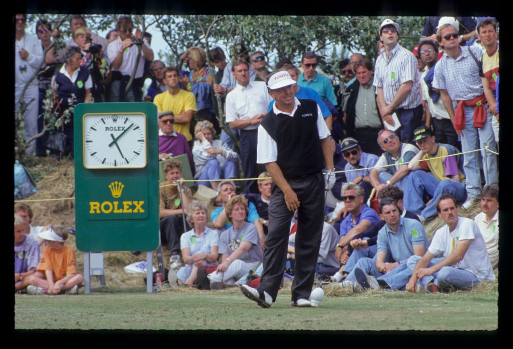 Mark O'Meara watching closely from the tee during the 1991 Open Championship