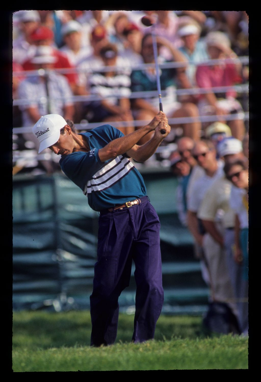 Corey Pavin following through during the 1991 US Open