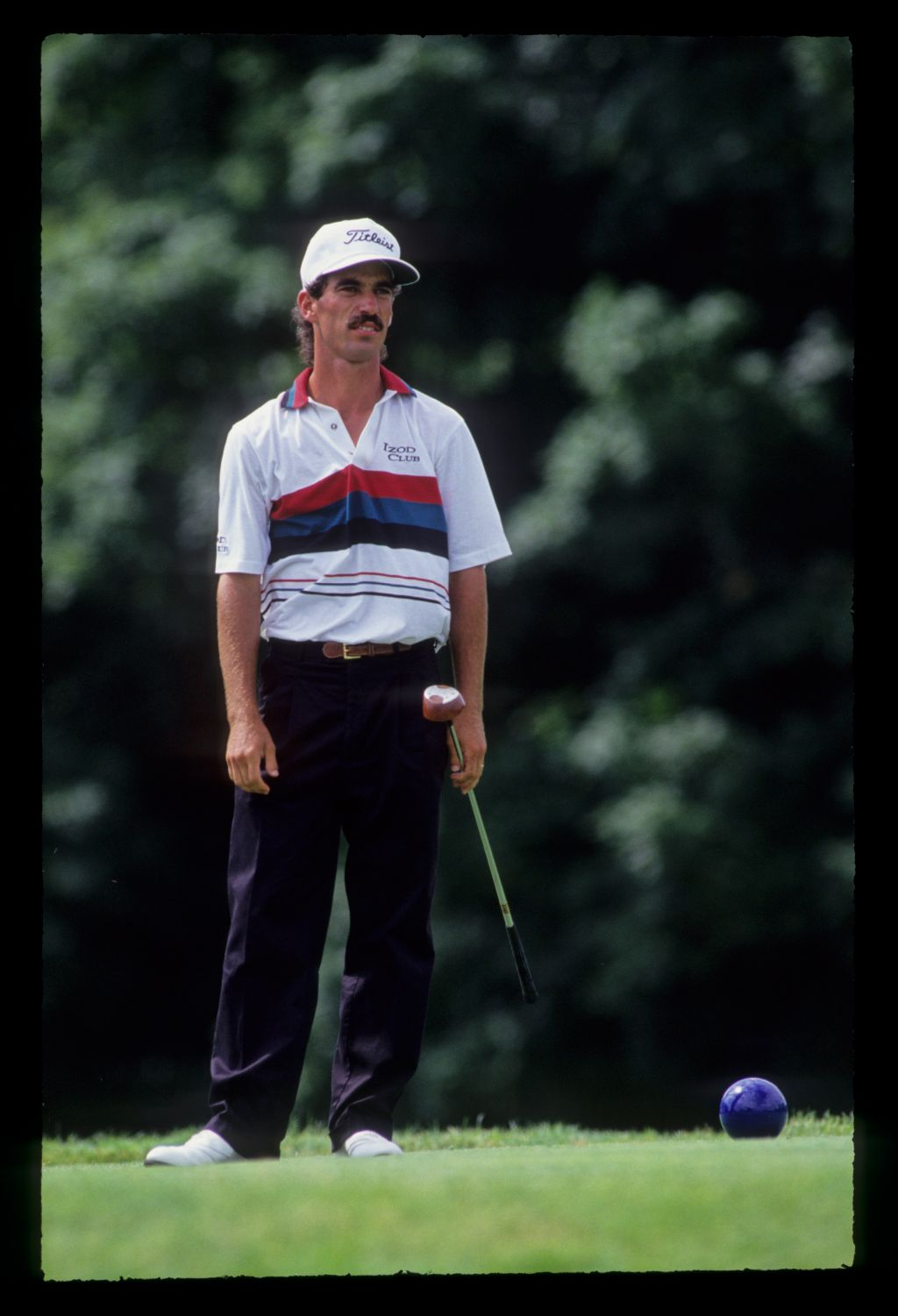 Corey Pavin watching closely from the tee during the 1991 US Open