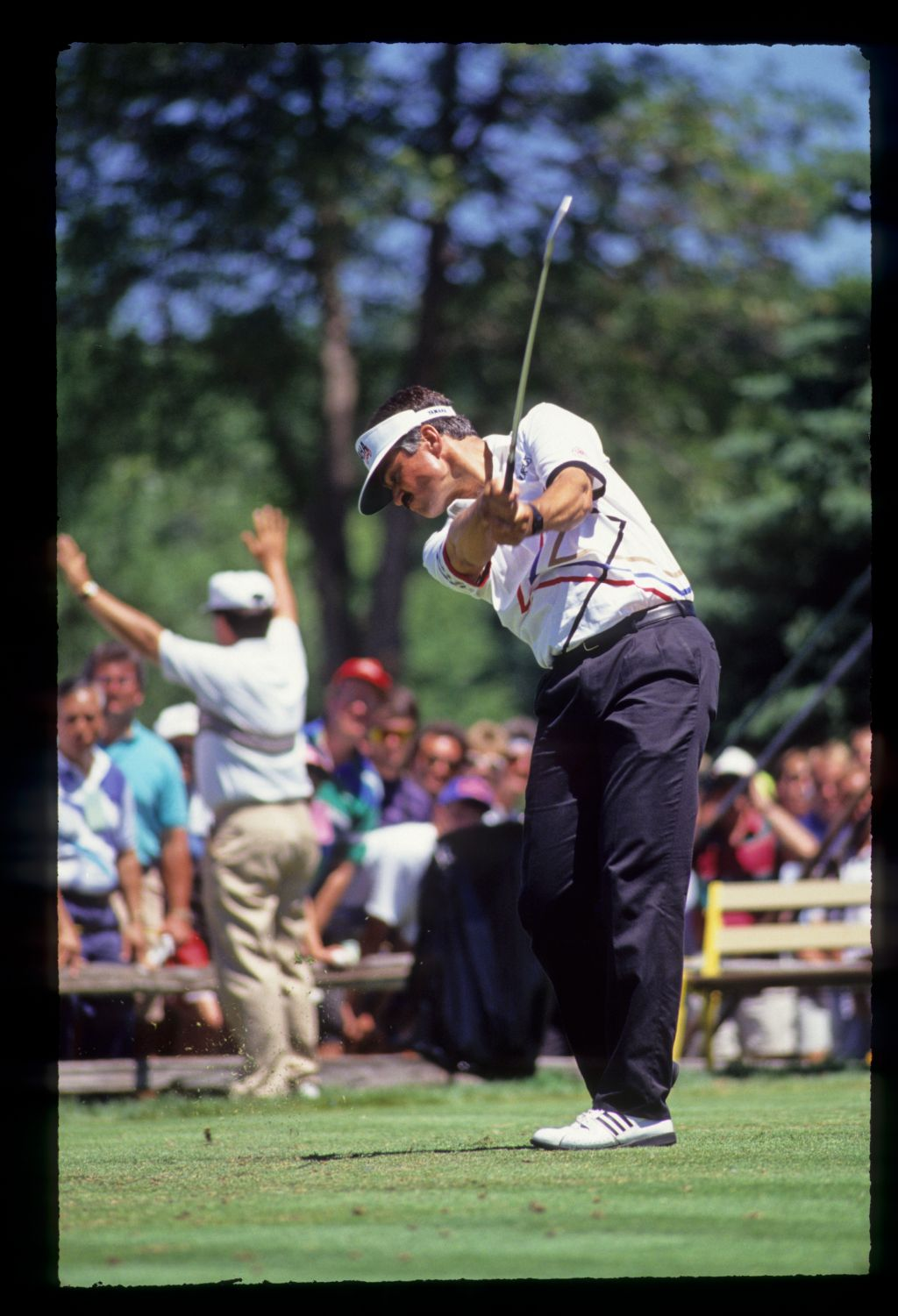 Scott Simpson staying down through the ball on the tee during the 1991 US Open