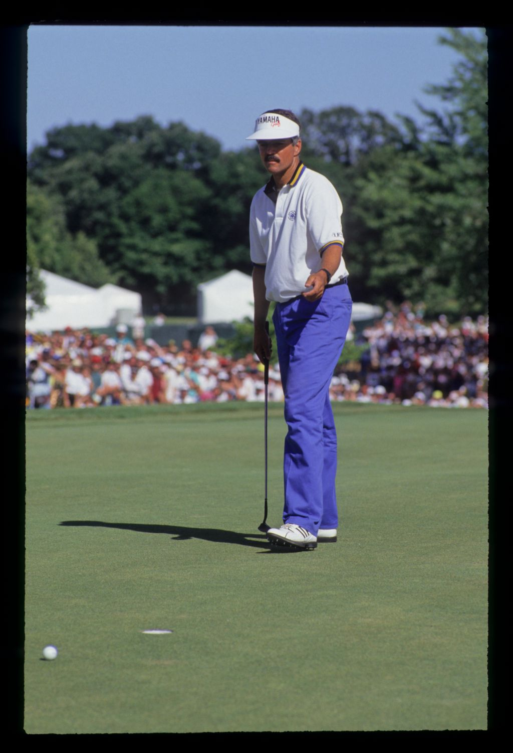 Scott Simpson berating a missed putt during the 1991 US Open