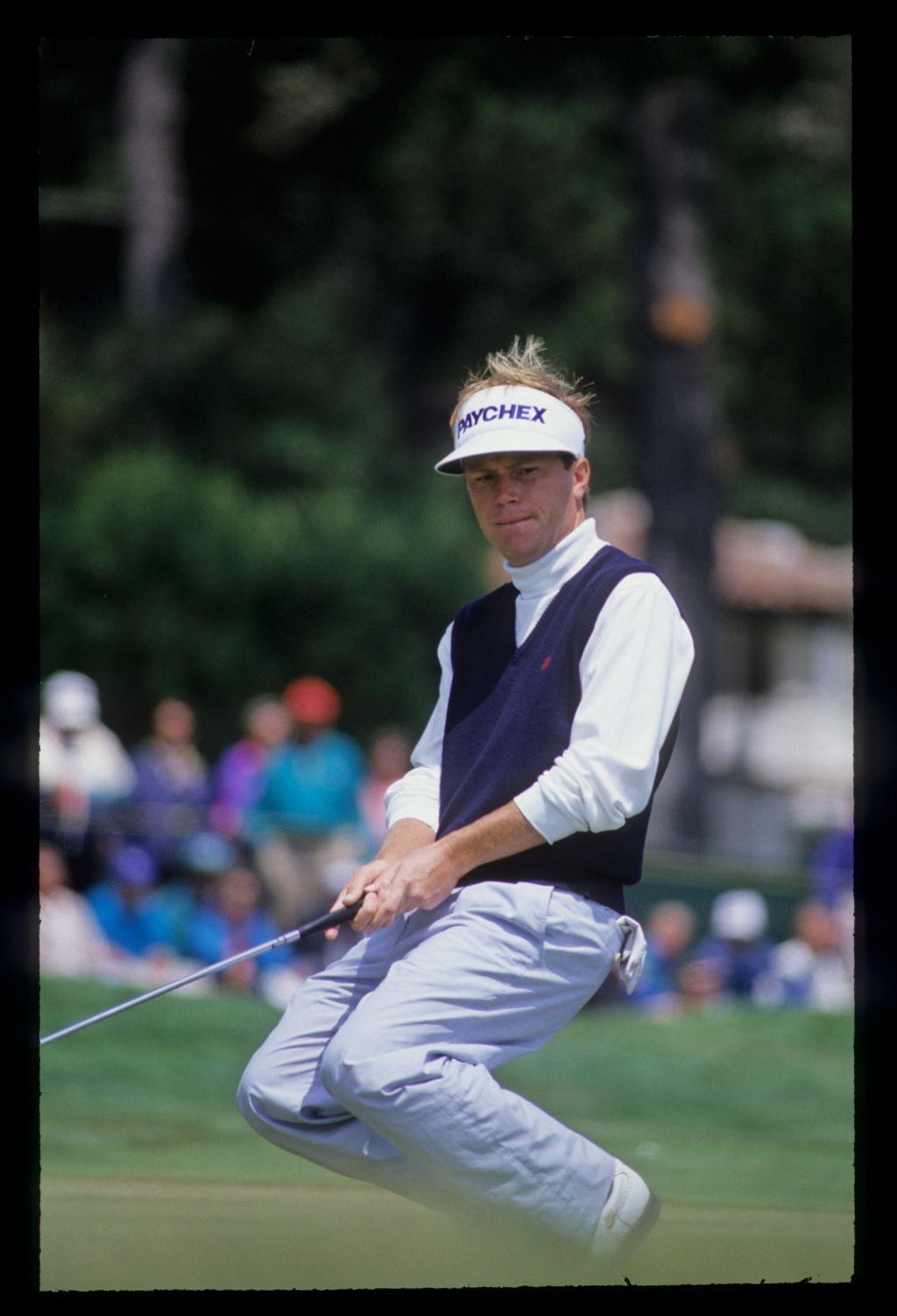 Jeff Sluman showing emotion on the green during the 1992 US Open