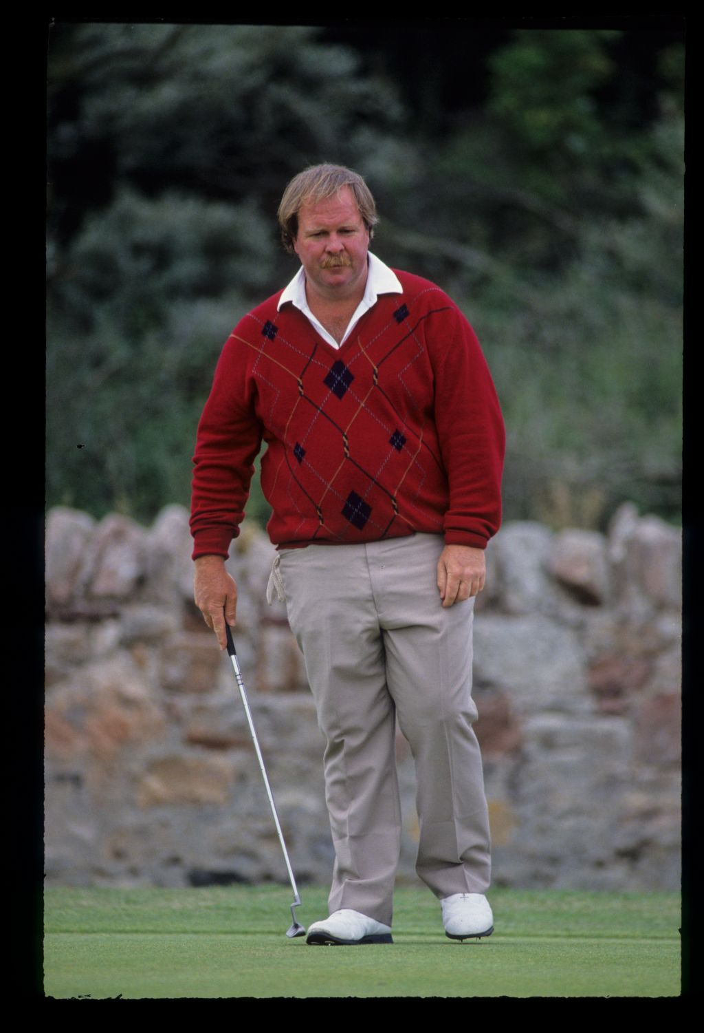 Craig Stadler preparing to putt during the 1992 Open Championship