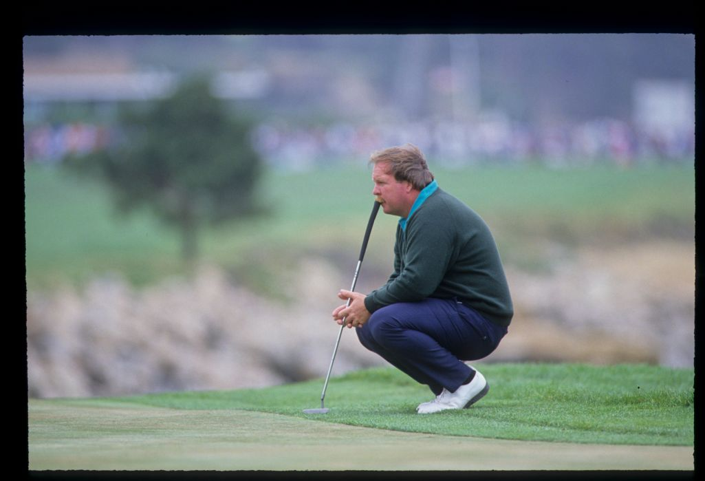 Craig Stadler chewing his putter grip in concentration during the 1992 US Open