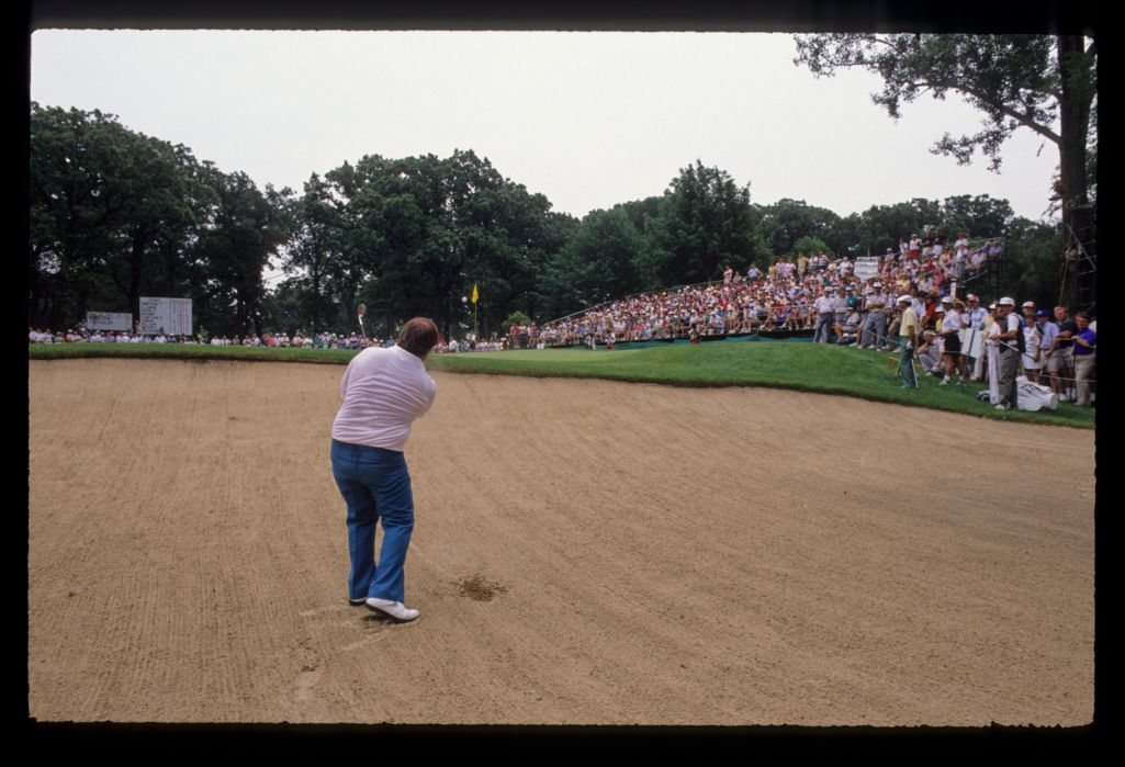 Craig Stadler hitting from a vast bunker during the 1990 US Open