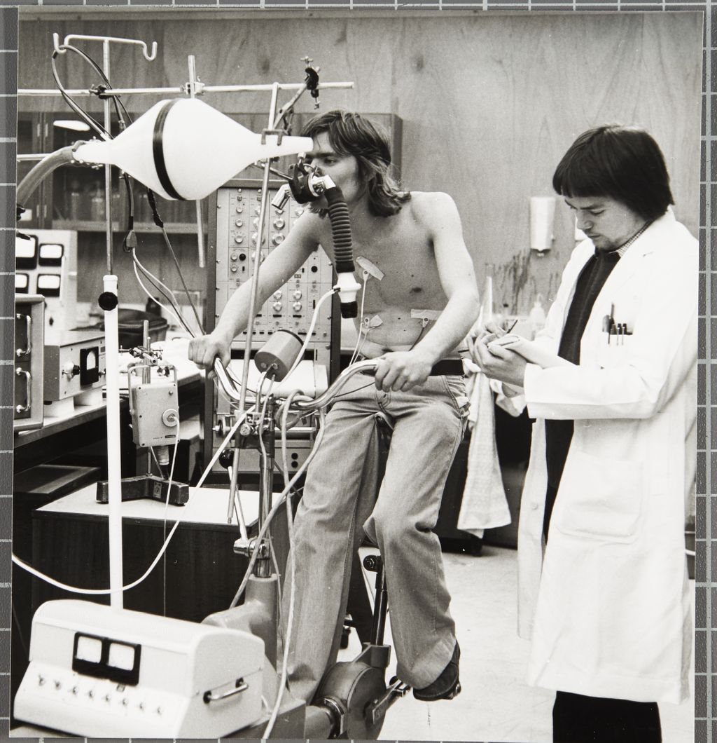 Student performing tests in the Department of Physiology