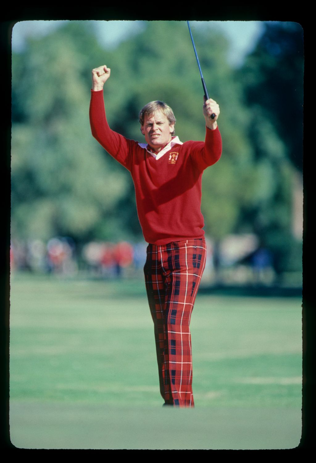 Johnny Miller celebrating a long putt during the 1982 Phoenix Open
