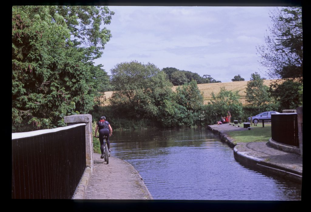 The Almond Aqueduct [Union Canal].