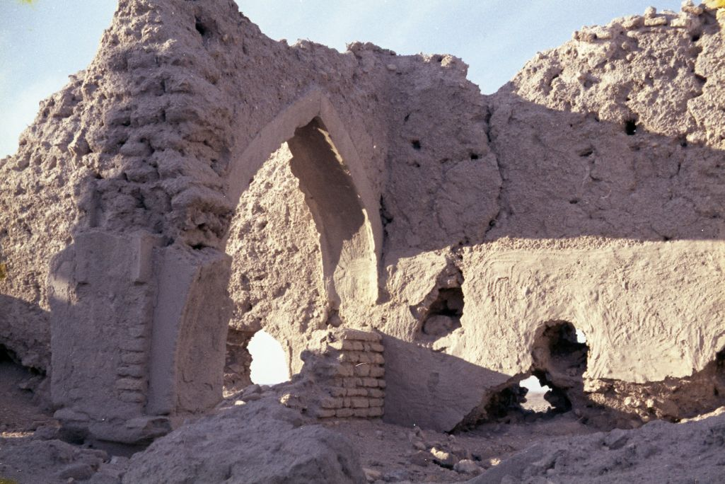 Remnants of the interior of an unidentified Islamic building