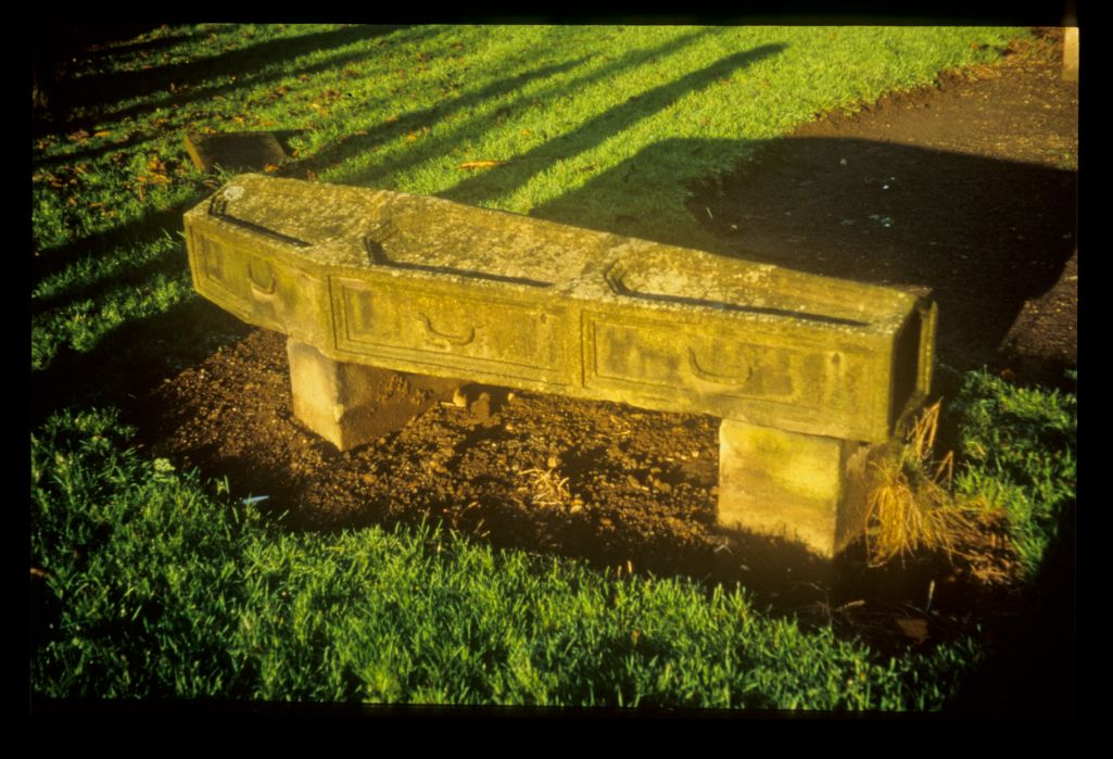 Gravestone in the shape of a coffin, Ratho.