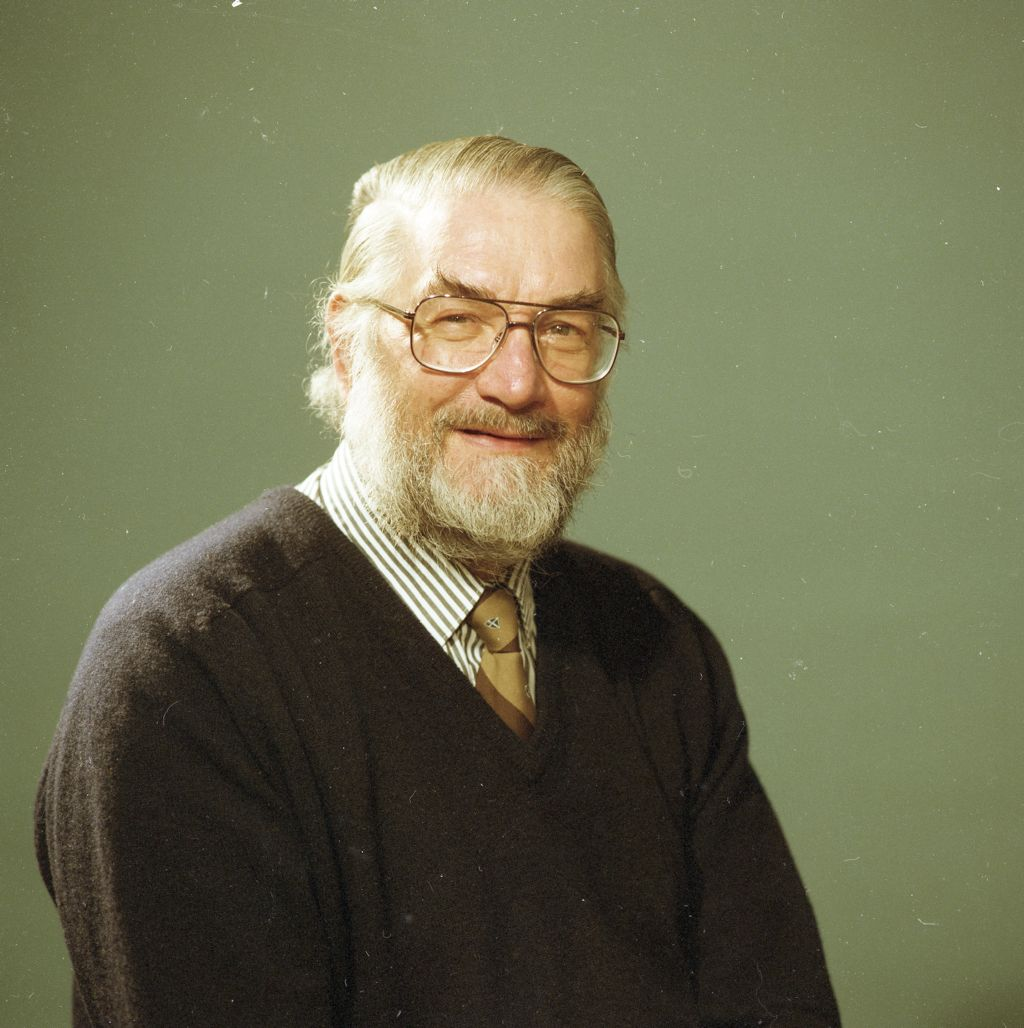 Professor M.S. Laverack, Marine Biology, Gatty, University of St Andrews.