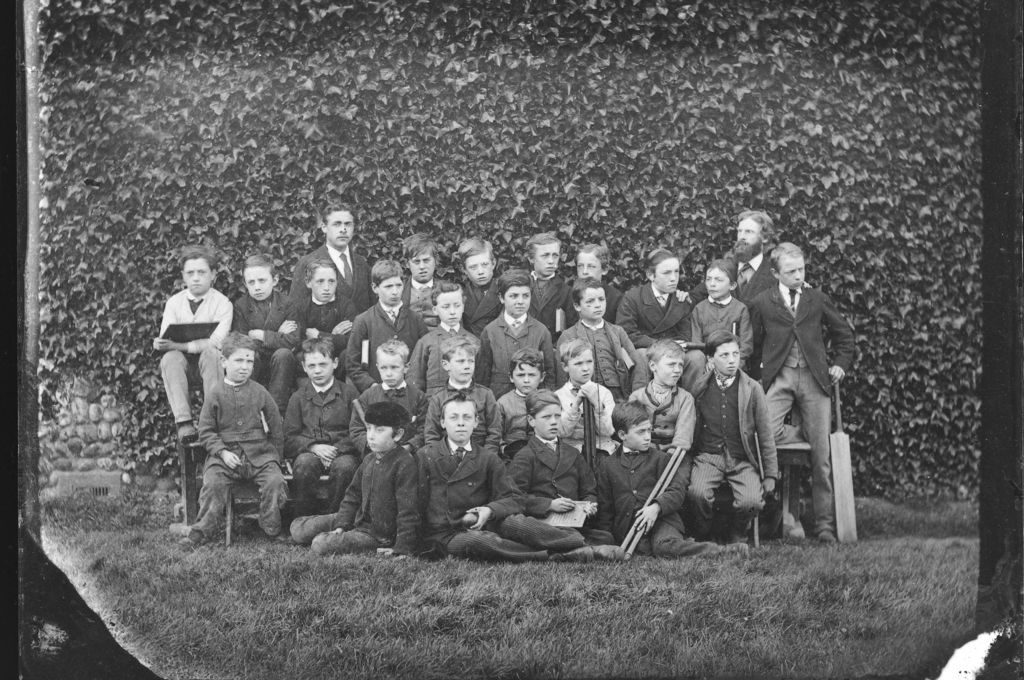 [Class photograph, ?Isleworth].