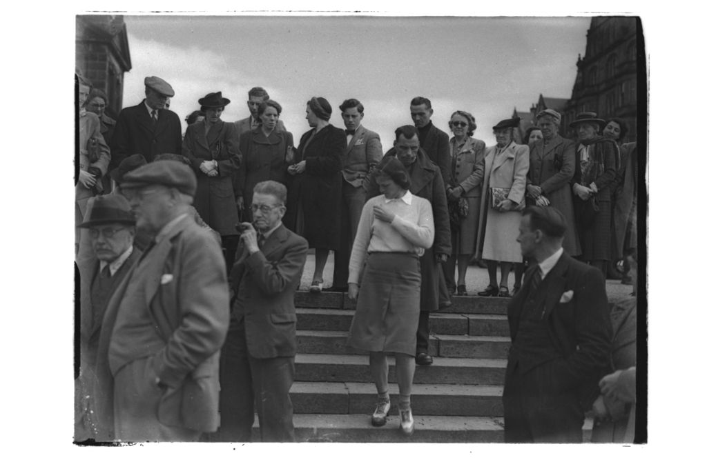 Babe Zaharias walks down steps to the Old Course, St Andrews.