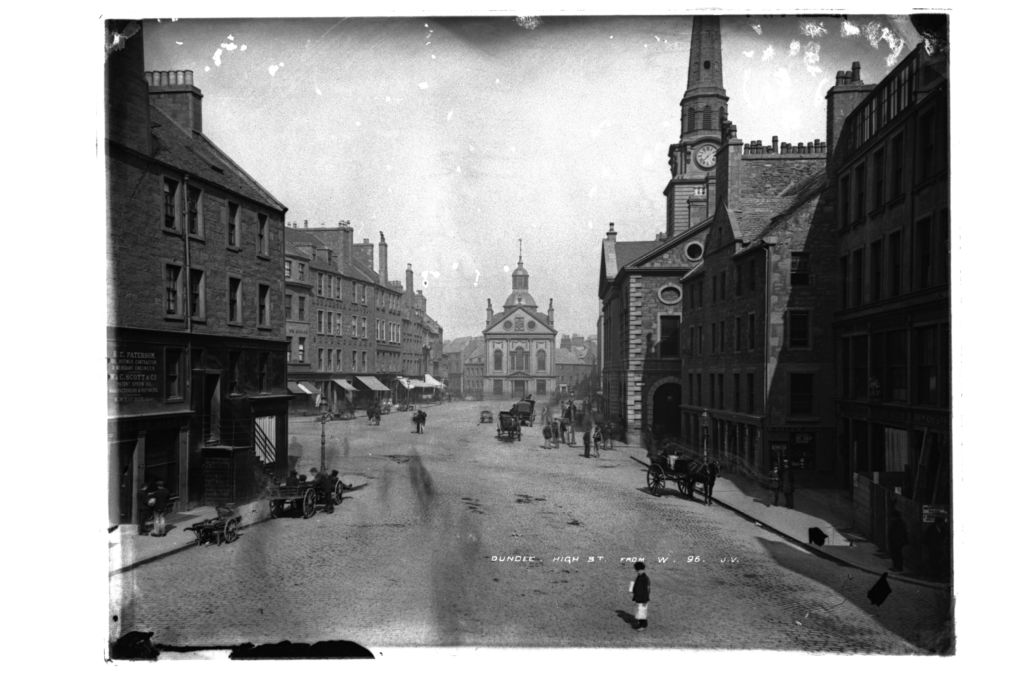Dundee High Street from west.