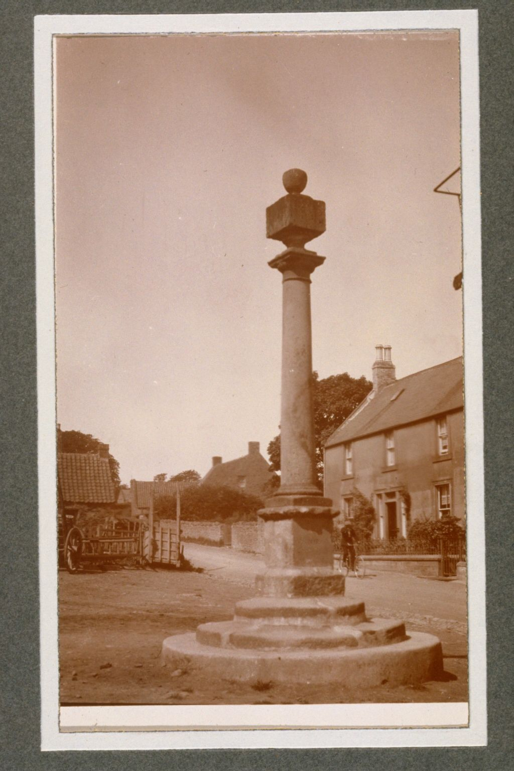 Coldingham Mercat Cross.