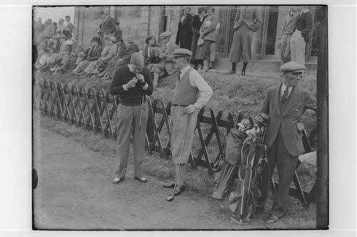Rex Hartley (GB) and Abe Mitchell, before the R&A clubhouse, the Old Course, St Andrews.