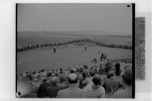 General view of crowds during the practice rounds of the British Amateur Golf Championship, Muirfield.
