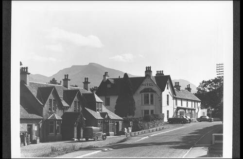 Spean Bridge Hotel & Ben Nevis.