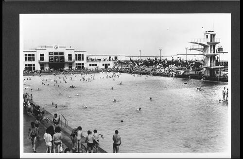 The Bathing Pool, Portobello.