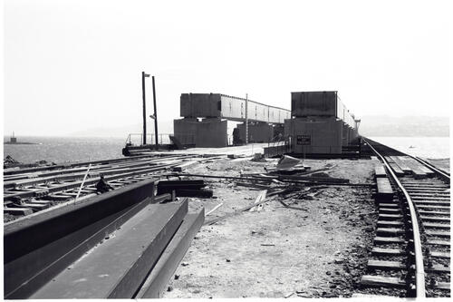 Pier 2, showing Temporary Bridge, Tay Road Bridge.