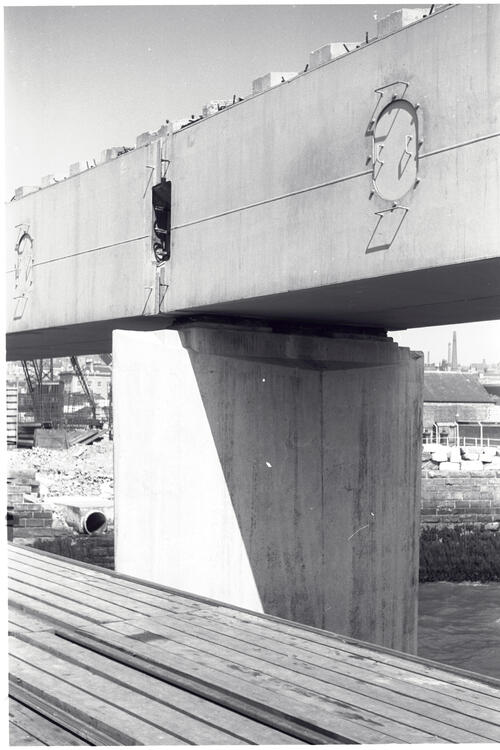 Downstream column, Pier no3, Tay Road Bridge.