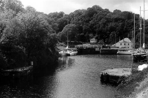Approach to Crinan basin.