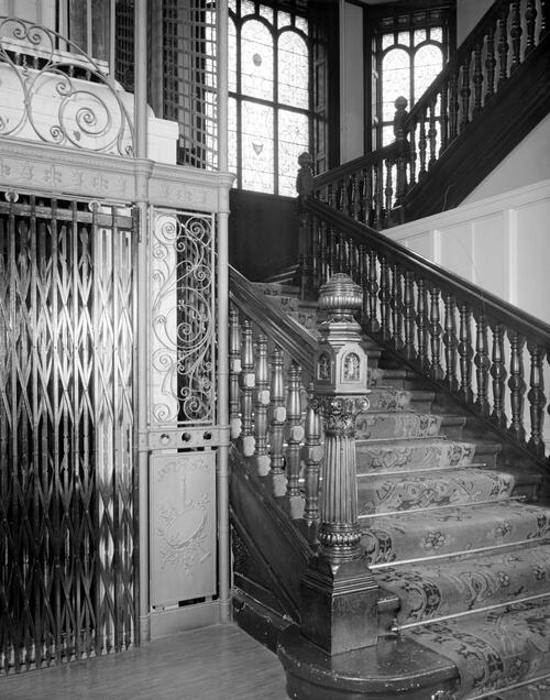 Lift and Stairs, Hamilton Hall.