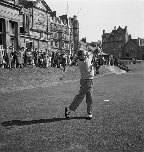 Bob Hope on Old Course.