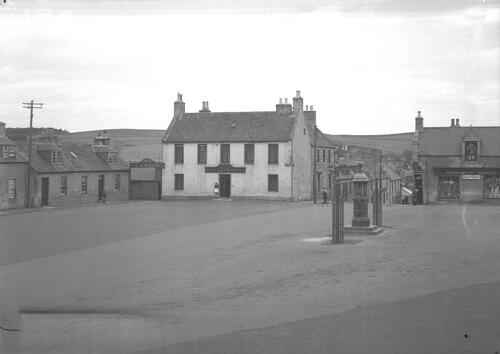 The Square, Aberchirder.