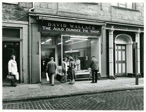 The Auld Dundee Pie Shop.