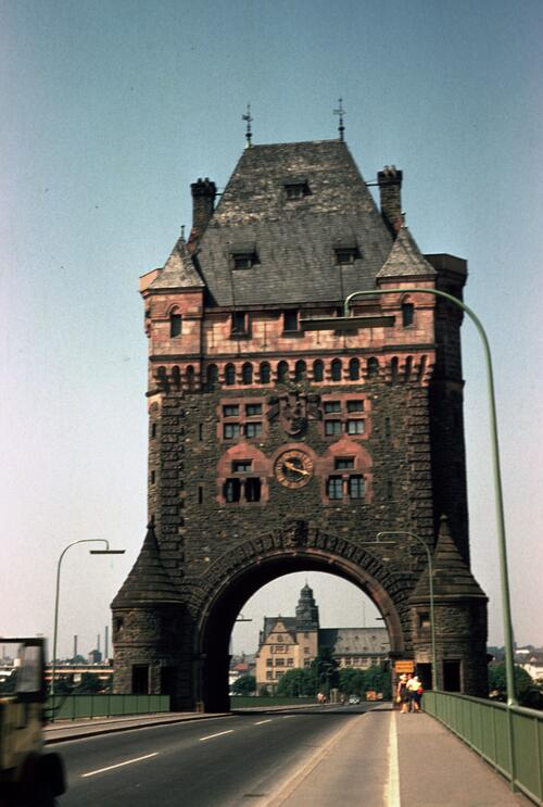 Worms Gate, Nibelungen Bridge.