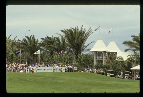 Ronan Rafferty on the 1st tee at the 1988 inaugural Golf Test Match against Australia
