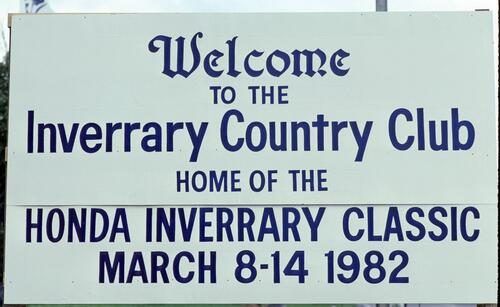 The Welcome sign to the Inverrary Country Club