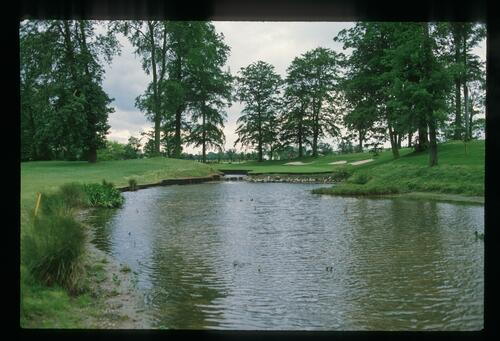 A view of the 10th green across the water at the 1989 Ryder Cup at The Belfry