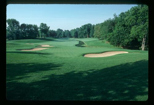 The 5th hole at Muirfield Village Golf Course