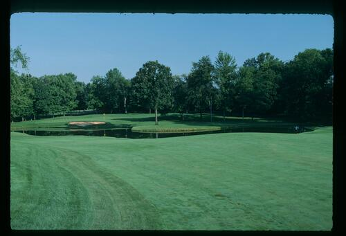 The 6th hole at Muirfield Village Golf Club